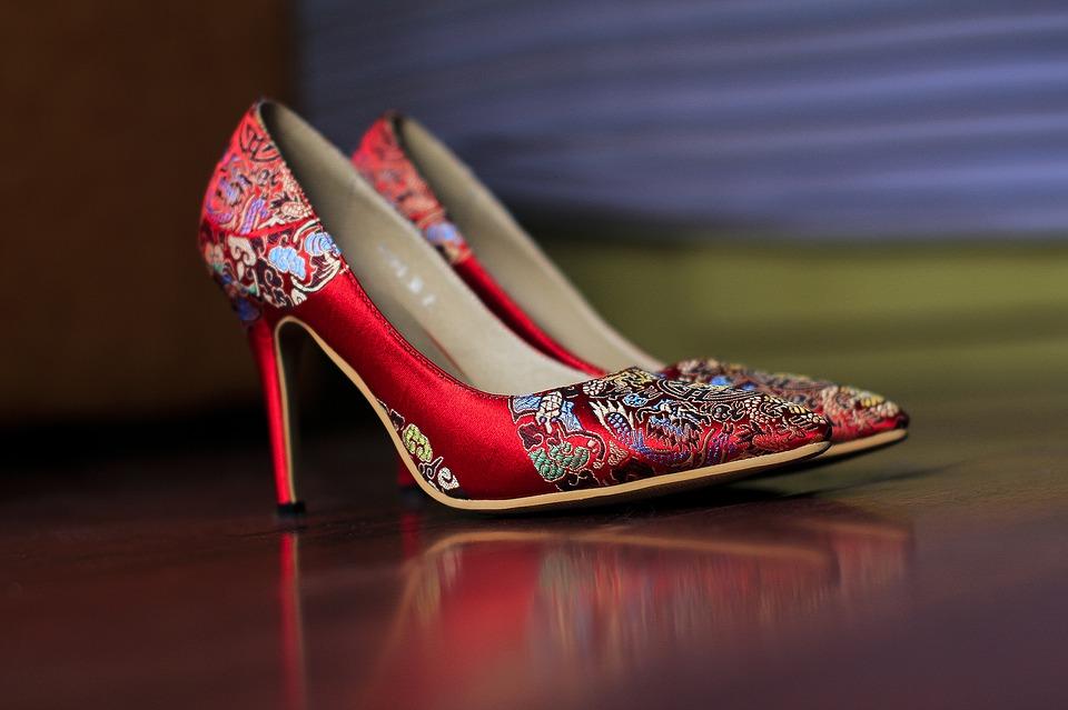 Chaussure et talons, accessoire.